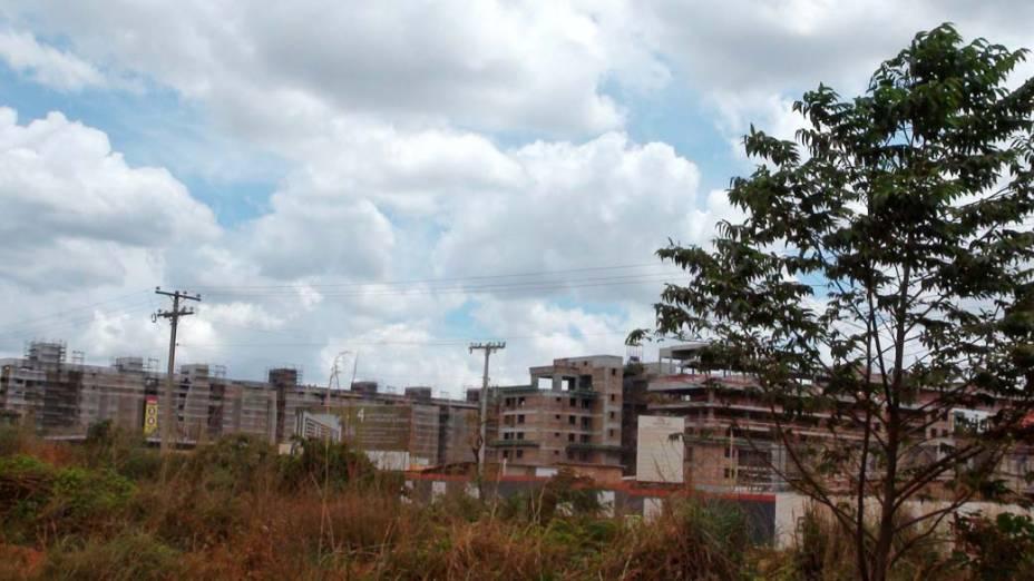 Obras do novo bairro: alto padrão
