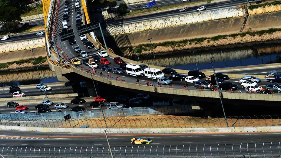 Treino de classificação para Indy 300 no Anhembi em São Paulo