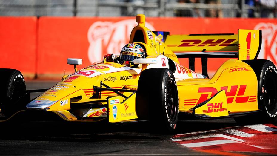 Ryan Hunter-Reay larga em primeiro no GP São Paulo Indy 300, no Anhembi, em São Paulo