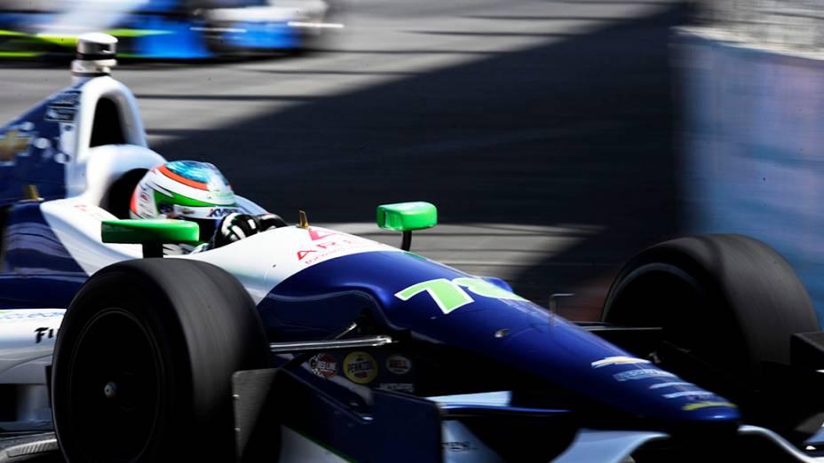 Simona De Silvestro durante o treino de classificação da São Paulo Indy 300