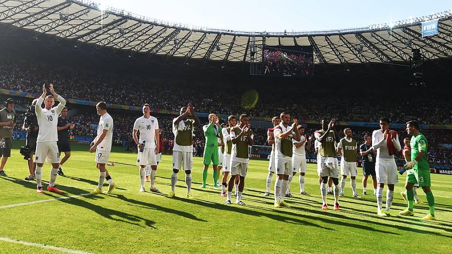 Jogadores da Inglaterra se despedem da Copa do Mundo no Brasil