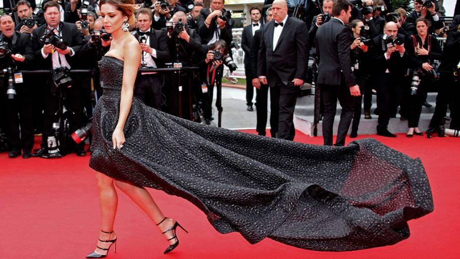 A cantora Cheryl Cole posa no tapete vermelho durante o 67º Festival de Cinema de Cannes, na França