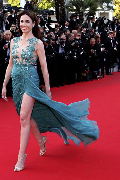 Elsa Zylberstein posa para os fotógrafos durante cerimônia do 67º Festival de Cinema de Cannes