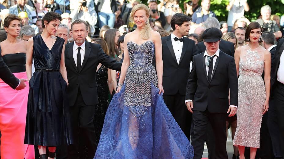 Jeanne Balibar, Tim Roth, Nicole Kidman, Olivier Dahan e Paz Vega chegam para a cerimônia de abertura do 67º Festival de Cinema de Cannes, na França