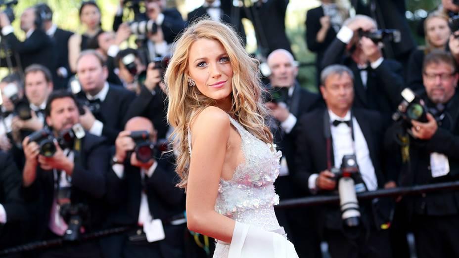 A atriz americana Blake Lively é fotografada durante o segundo dia de cerimônia do 67º Festival de Cinema de Cannes, na França