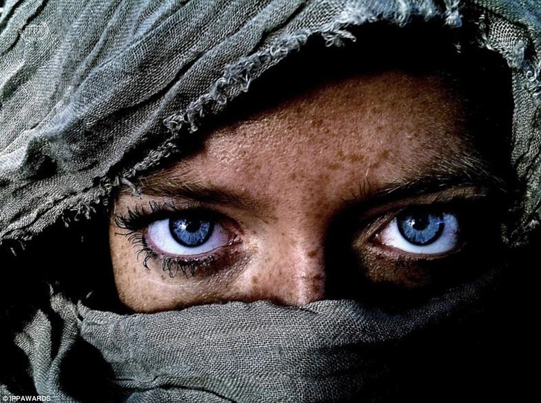 Fotografia de Kim Hanskamp - Vencedora na categoria: Pessoas