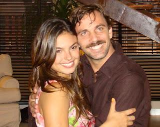 Ísis Valverde e Marcelo Faria em <em>Beleza Pura</em> (2008)