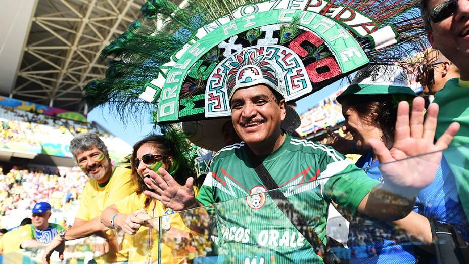 Torcedor do México acompanha a cerimônia de abertura da Copa do Mundo no Itaquerão, em São Paulo
