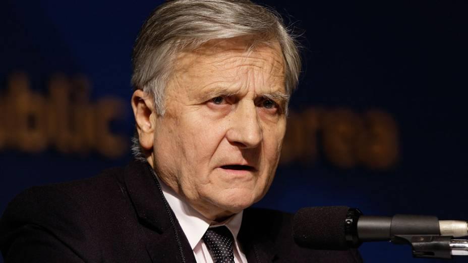 <strong>Jean-Claude Trichet</strong> –  Ele é o atual presidente do Banco Central Europeu (BCE). Se Lagarde tiver problemas, é o nome dele que aparece como um dos mais cotados. Sua experiência como dirigente do BCE lhe dá confiança para a dura missão de gerir os pacotes de ajuda a países da zona do euro