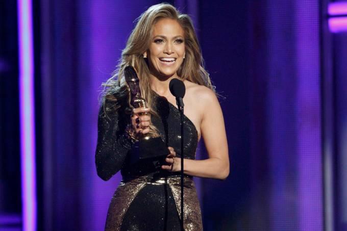 jennifer-lopez-recebe-homeangem-no-billboard-music-awards-2014-original.jpeg