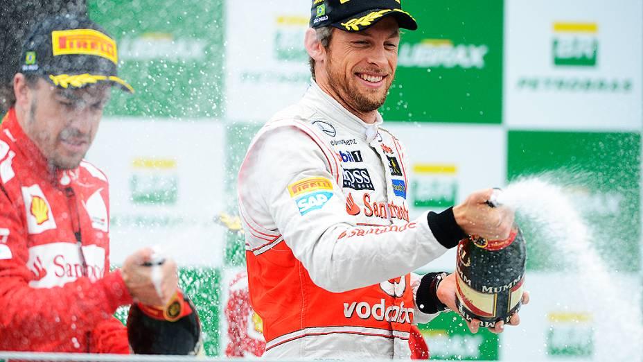 Jenson Button campeão da prova em Interlagos