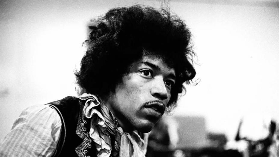 Jimi Hendrix, nos bastidores de um show em Copenhague, Dinamarca, em maio de 1967