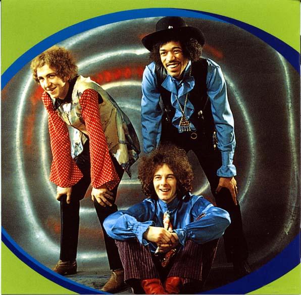 Noel Redding, Mitch Mitchell e Jimi Hendrix, integrantes da banda Jimi Hendrix Experience, em 1967