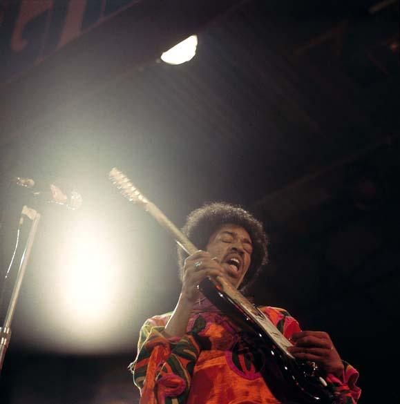 Jimi Hendrix durante show no Reino Unido, em 1970