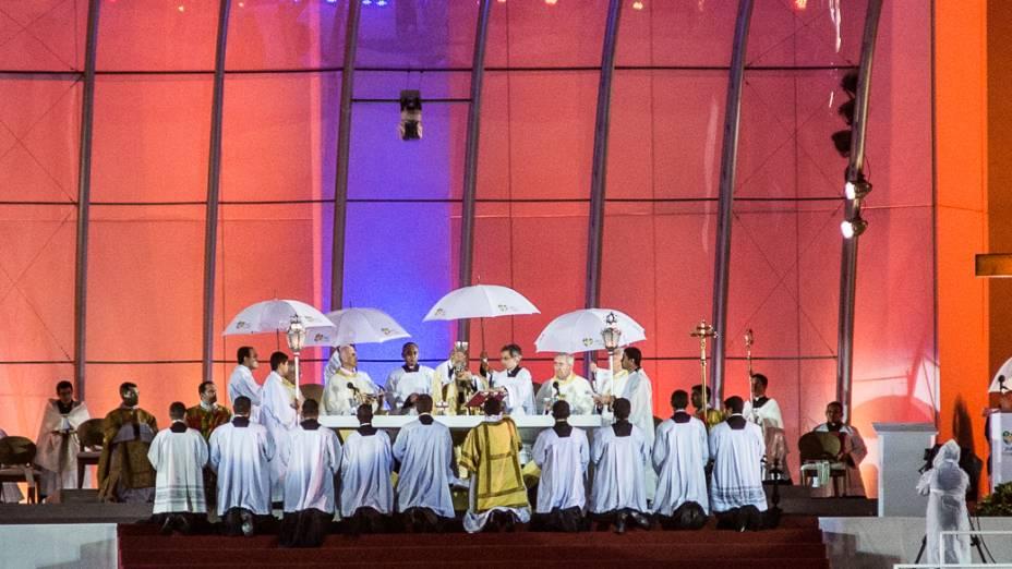 A missa que marcou o início da Jornada Mundial da Juventude foi presidida pelo arcebispo Dom Orani