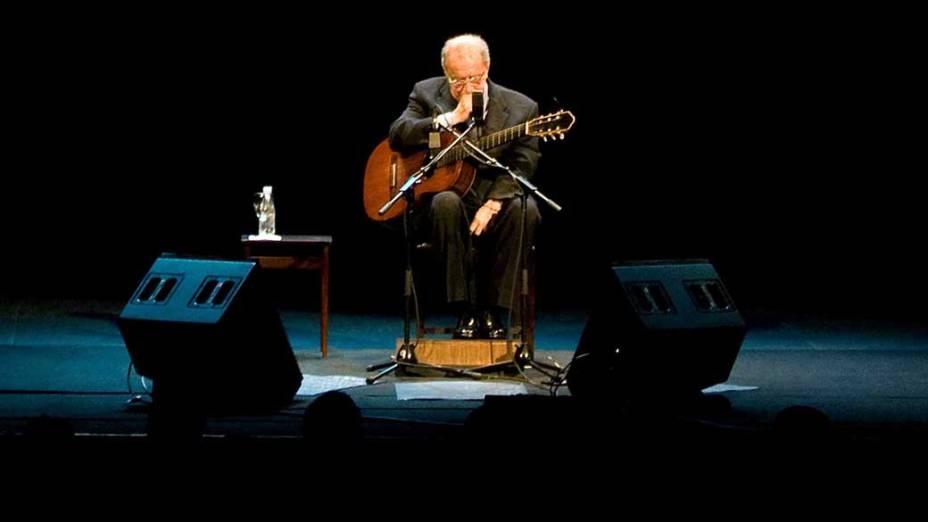 João Gilberto se apresenta no Teatro Municipal do Rio de Janeiro, 2008