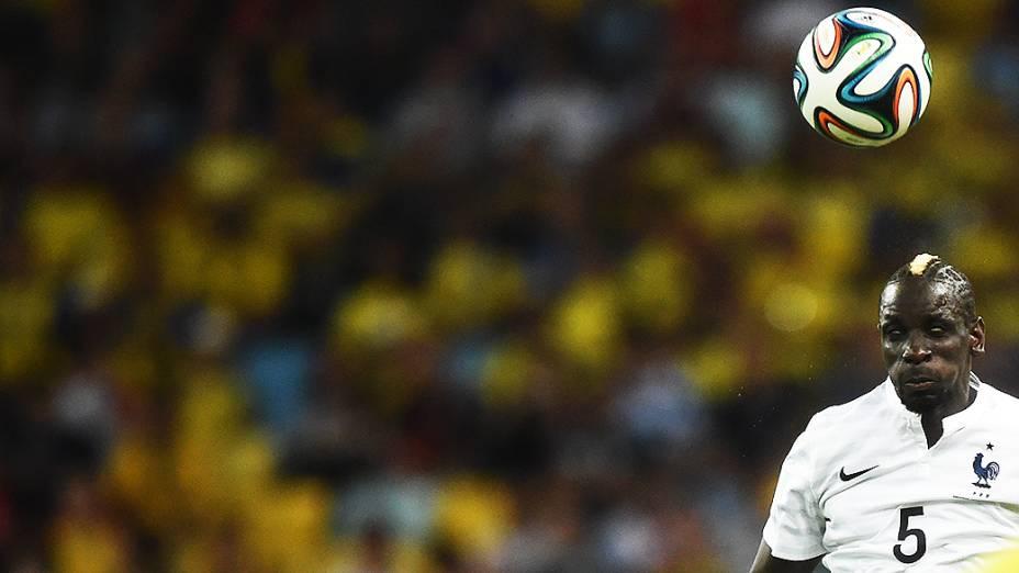 Jogador da França durante partida contra o Equador no Maracanã