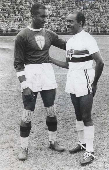 Caxambú e Leônidas da Silva, então astro do São Paulo