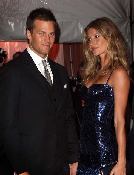 Tom Brady e a esposa Gisele Bündchen no Museu Metropolitano de Arte em Nova York