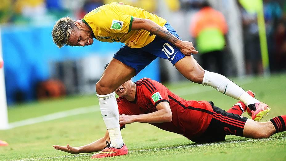 O duro empate entre Brasil e México, no Castelão, em Fortaleza, na segunda rodada da fase de grupos da Copa do Mundo