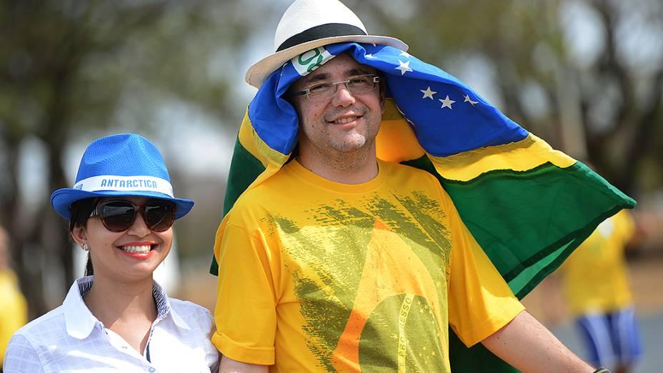 Movimentação da torcida antes do amistoso entre Brasil e Austrália no estádio Mané Garrincha em Brasília