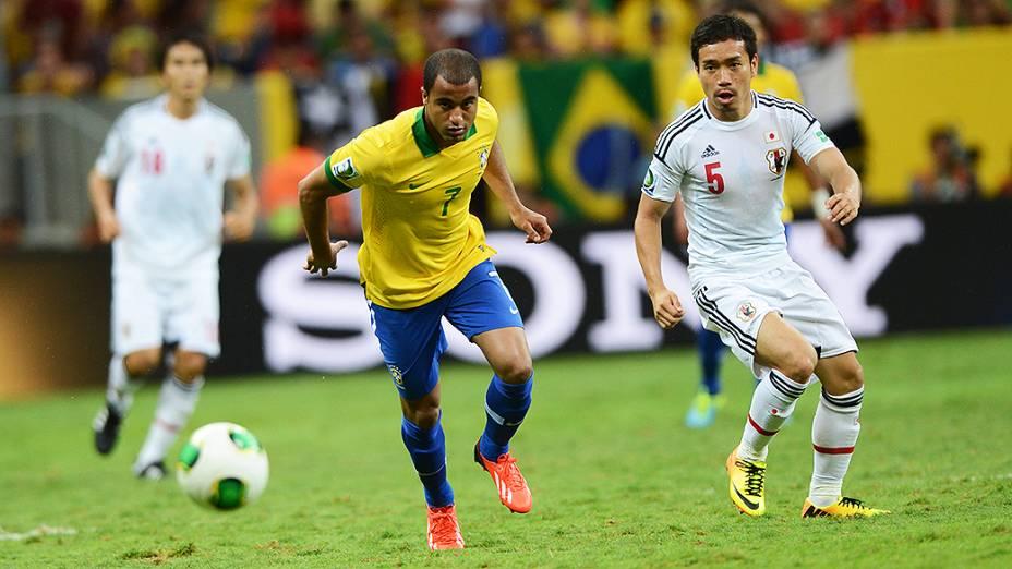 Lucas durante vitória do Brasil contra o Japão na Copa das Confederações, em Brasília