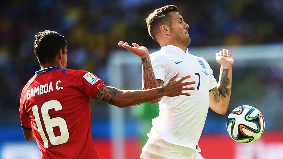Lance no jogo entre Costa Rica e Inglaterra no Mineirão, em Belo Horizonte