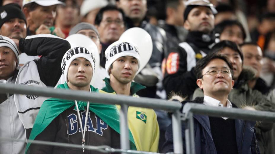 Torcida do Santos durante a semifinal do Mundial de Clubes da FIFA em Toyota, Japão