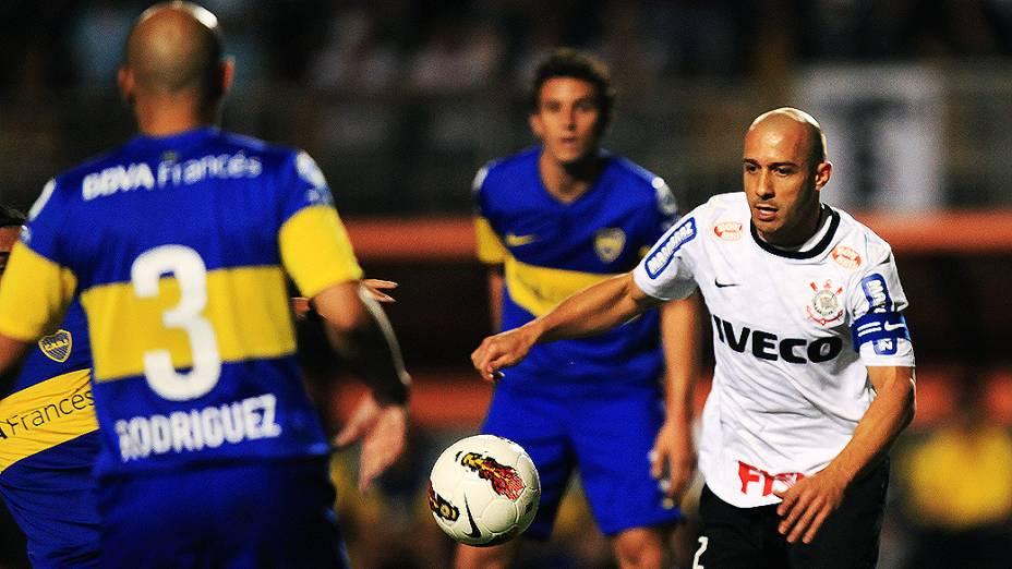 Lance da partida entre Corinthians e Boca Juniors