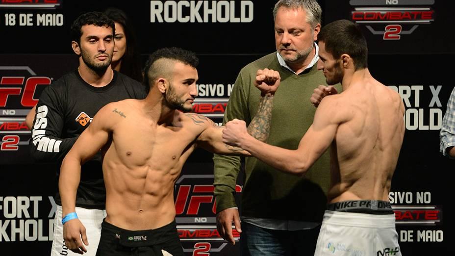 John Lineker e Azamat Gashimov durante a pesagem do UFC Jaraguá do Sul em (SC)