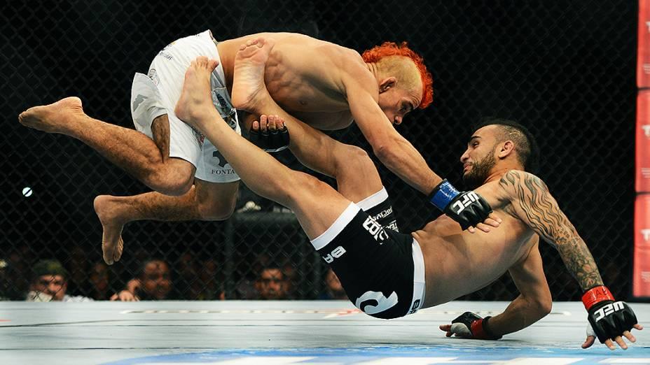 O brasileiro John Lineker vence José Maria no Ultimate Fighting que volta ao Rio de Janeiro (RJ), para o evento UFC 163, ou simplesmente UFC Rio 4