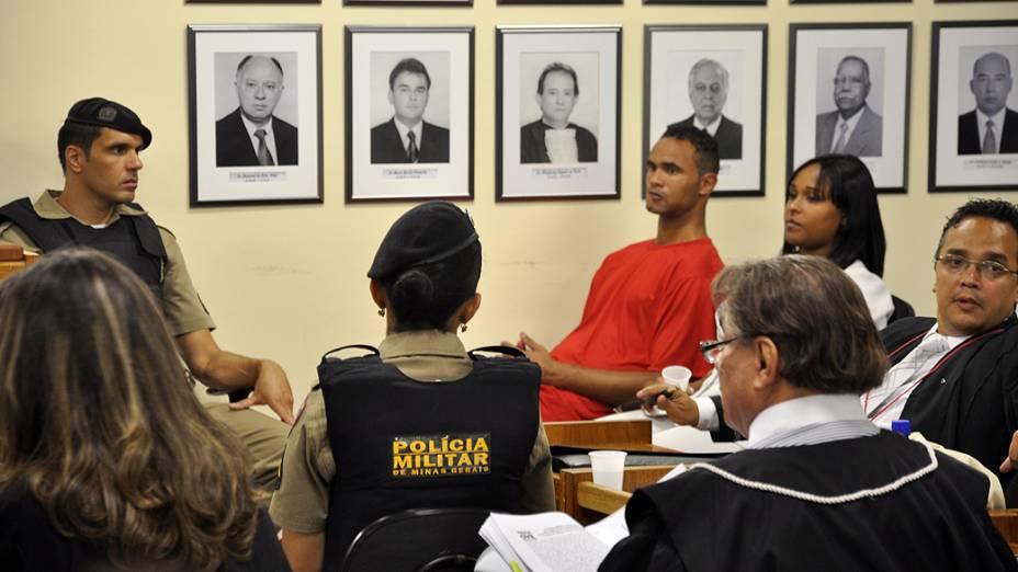 Goleiro Bruno na sala de audiência do Fórum de Contagem, Minas Gerais durante o julgamento sobre o assassinato de Eliza Samudio