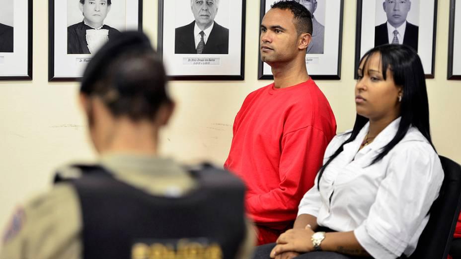 Bruno e Dayanne Rodrigues do Carmo na sala de audiência do Fórum de Contagem, Minas Gerais durante o julgamento sobre o assassinato de Eliza Samudio
