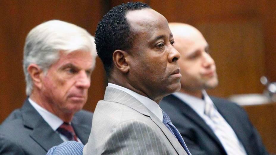 O médico Conrad Murray durante o primeiro dia de julgamento pela morte de Michael Jackson, em Los Angeles