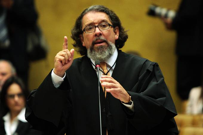 julgamento-mensalao-20120815-06-original.jpeg