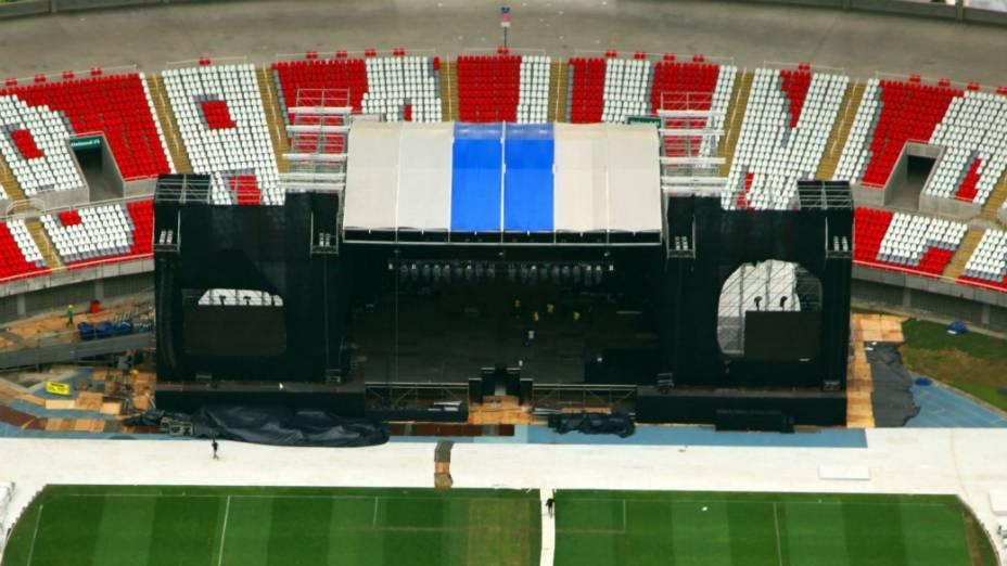 <br><br>  O palco pronto para receber Justin Bieber: show para 70 mil pessoas por noite no Rio<br><br>