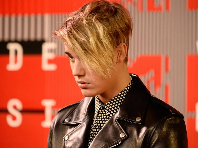 Justin Bieber durante o Video Music Awards, da MTV, em Los Angeles, neste domingo (30)