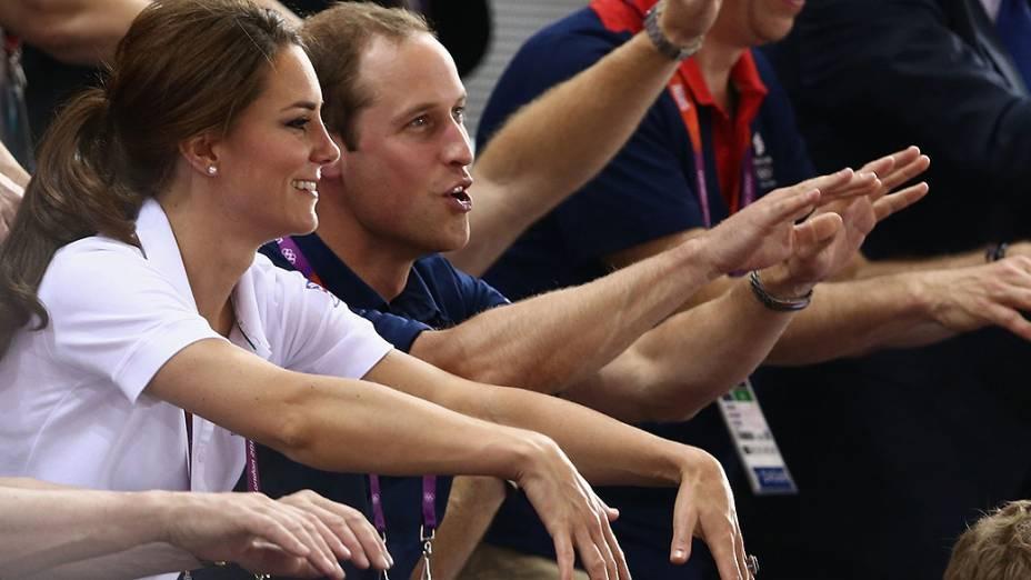 A Duquesa de Cambridge, Kate Middleton durante competição de ciclismo, no velódromo Olímpico de Londres