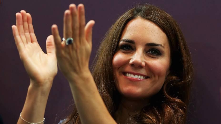 A Duquesa de Cambridge, Kate Middleton durante a competição de handebol no Copper Box em Londres