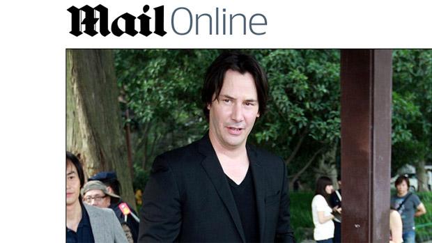 Keanu Reeves em divulgação do filme Man of Tai Chi