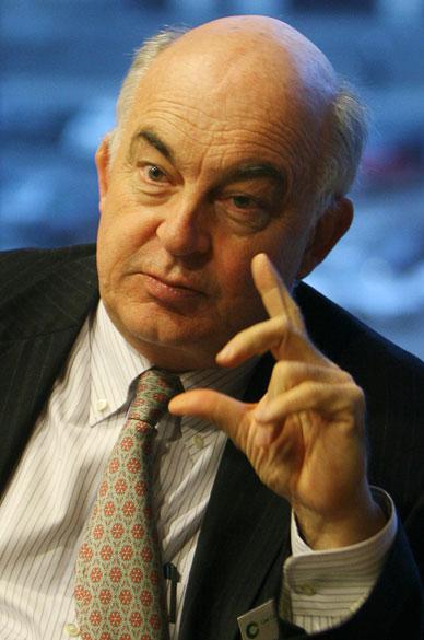 <strong>Kemal Dervis</strong> - Dono de uma carreira de mais de duas décadas no Banco Mundial, teve uma elogiada atuação durante a crise econômica da Turquia em 2001. Também foi administrador do Programa das Nações Unidas para o Desenvolvimento (PNUD), o que lhe garante pontos, já que uma das funções do FMI atualmente é combater a pobreza no mundo