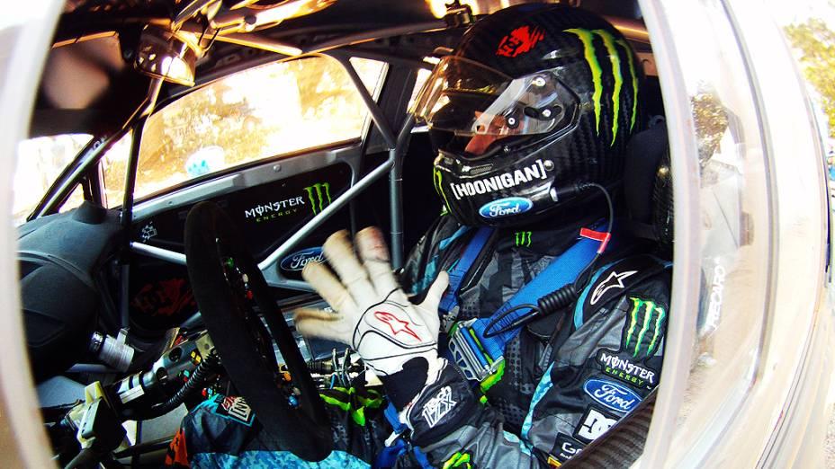 O piloto Ken Block e da equipe Hoonigan Racing Division, na etapa que abre a temporada 2013 dos X Games e do Campeonato Global de RallyCross em Foz do Iguaçu (PR)