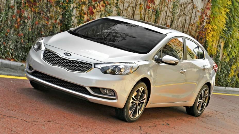 Nova versão do sedã Kia Cerato: a partir de 67.400 reais