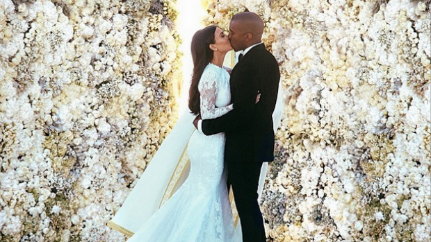 Foto do casamento de Kim Kardashian e Kanye West