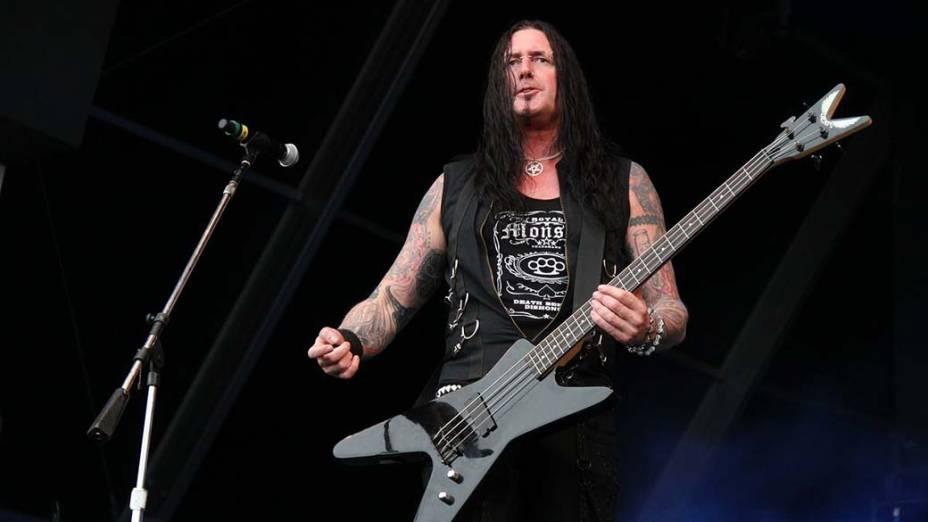 Show das bandas Korzus e The Punk Metal Allstars no palco Sunset, no terceiro dia do Rock in Rio, em 25/09/2011
