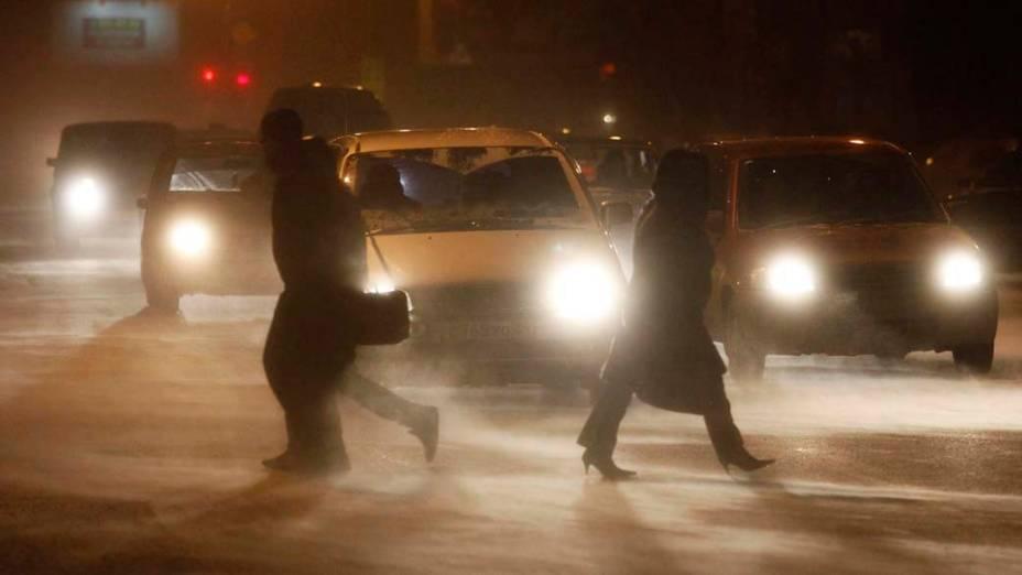 Tempestade de neve na cidade siberiana de Krasnoyarsk, na Rússia