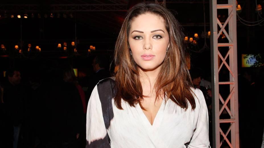 A cantora Tânia Mara, durante festa de lançamento - 25/09/2011