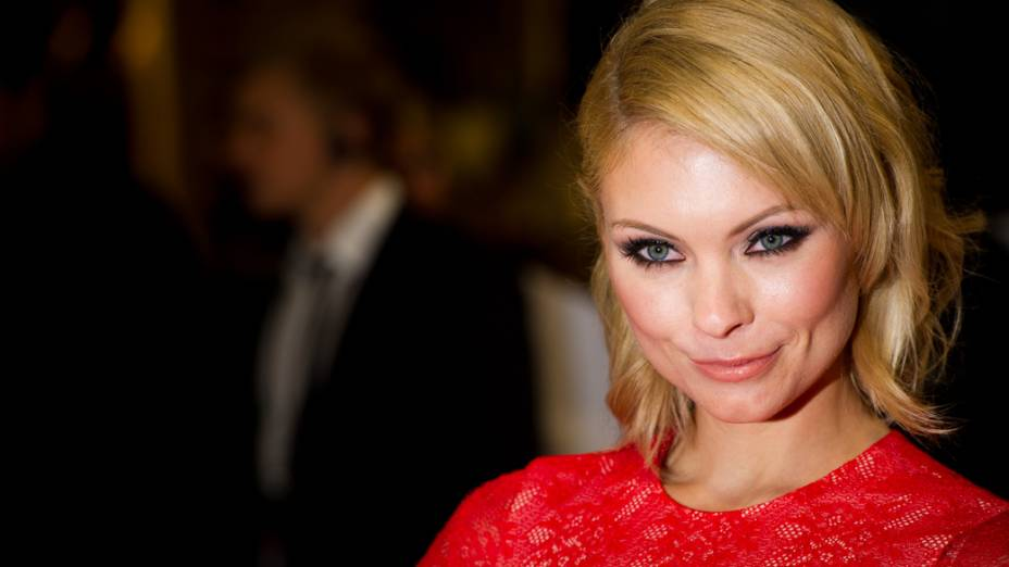 MyAnna Buring na première do filme A Saga Crepúsculo: Amanhecer - Parte 1, em Londres