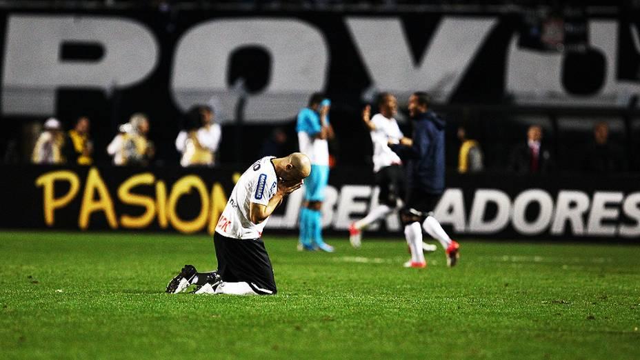 Corinthians empata com Santos e está pela 1ª vez na final da Libertadores