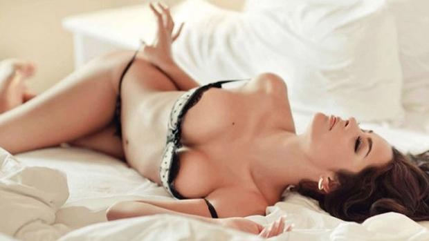 Larissa Riquelme no ensaio para a Playboy